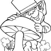 Leprechaun Loves Mushroom for St Patricks Day Coloring Page