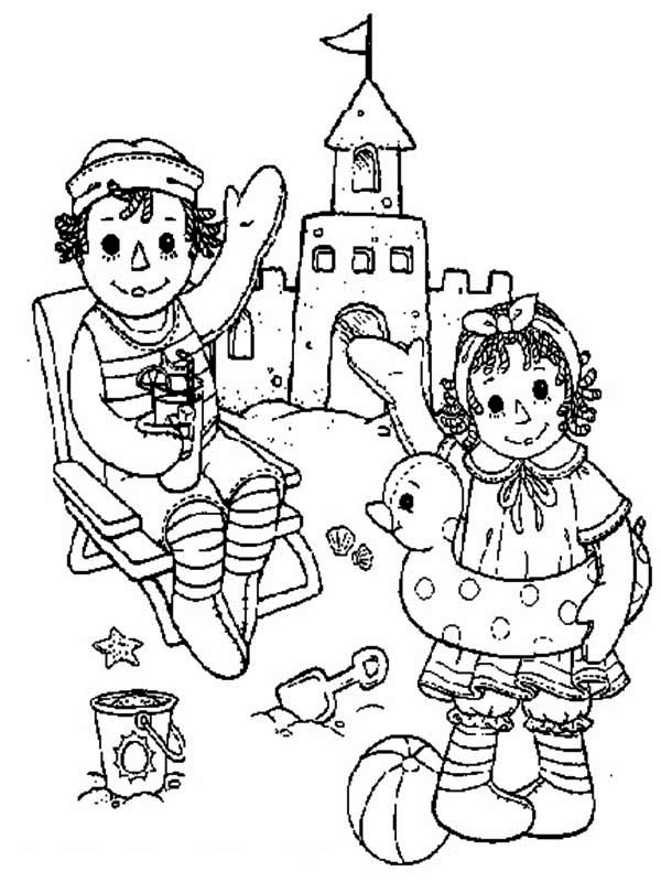Raggedy ann and andy making sand castle coloring page netart for Raggedy ann and andy coloring pages