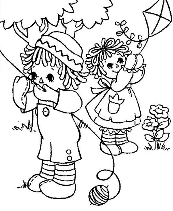 Raggedy Ann and Andy Playing Kite Coloring Page NetArt