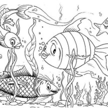Happy Fishes in Fish Tank Coloring Page