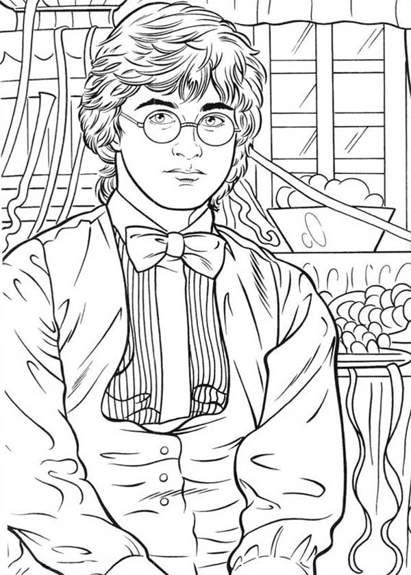 Harry Potter Photo Session with Rita Skeeter Coloring Page
