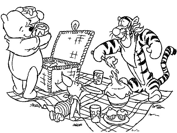 Winnie the pooh and friends family picnic coloring pages for Winnie the pooh and friends coloring pages